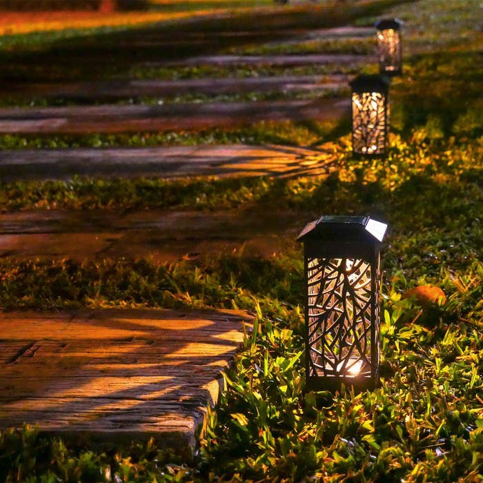 21 Clever Ways To Light Your Backyard