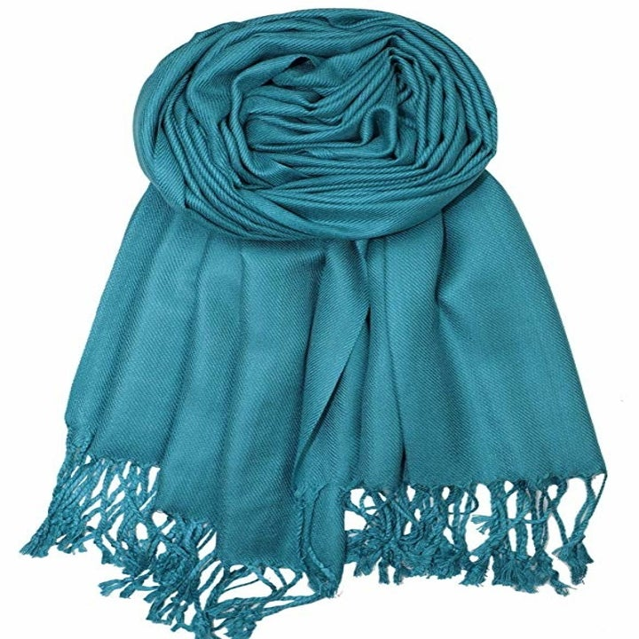 The scarf in teal