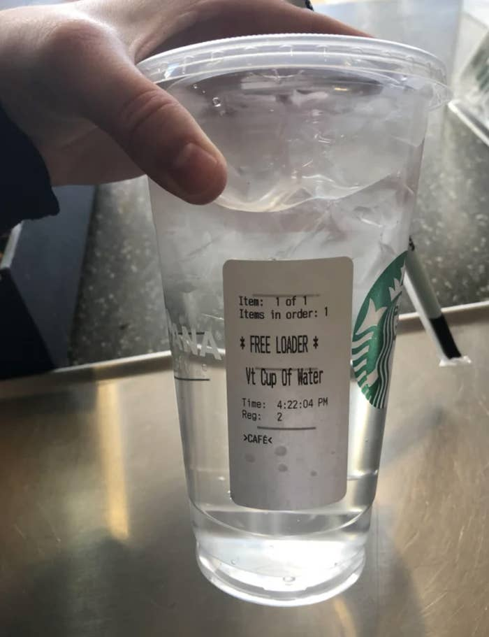 17 Things Starbucks Customers Do That Make Baristas Roll