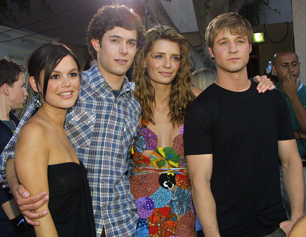 """A photo of """"The O.C."""" cast on a red carpet"""