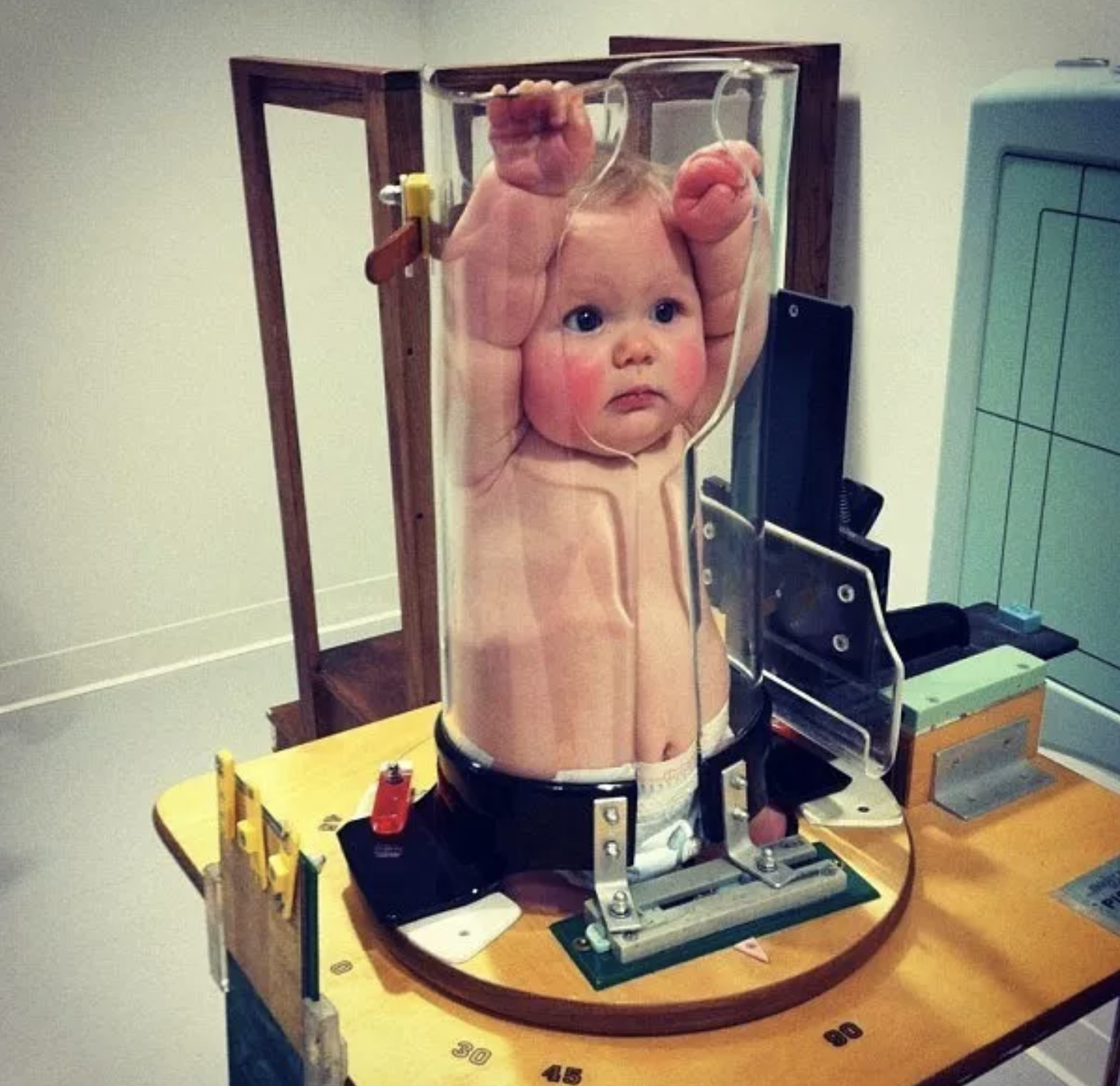 Baby X-Rays Look Extremely Uncomfortable, So Of Course Twitter Made It Funny