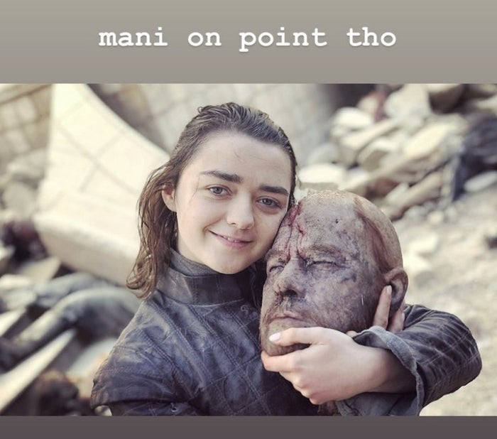 "24 Behind-The-Scenes ""Game Of Thrones"" Photos From That Cast That Will Make You Laugh And Then Cry"