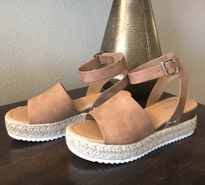 """Promising review: """"I love these platform sandals for spring and summer! I wore them all day for the first time last weekend, and they were really comfortable. I got lots of compliments!"""" —LindsayGet them from Amazon for $15.01+ (available in sizes 5.5-11 and in 16 colors and styles)."""