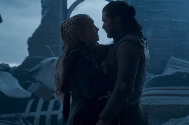 "Jon Snow Knew To Kill Dany On ""Game Of Thrones"" So Congrats To Him"