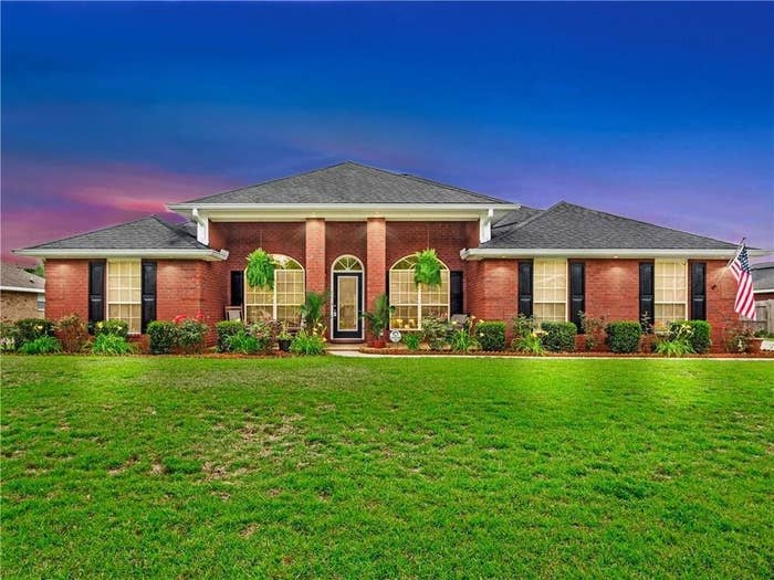 Size: Four beds, two baths, 2,303 square feet.Location: The Union Church neighborhood of Mobile.