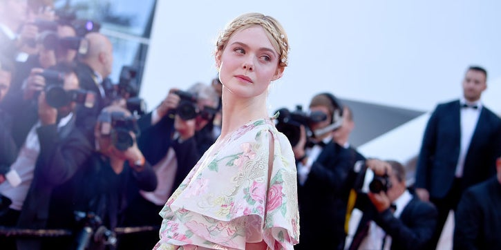 14ffffaff Elle Fanning Fainted At Cannes Film Festival Because Her Dress Was Too Tight
