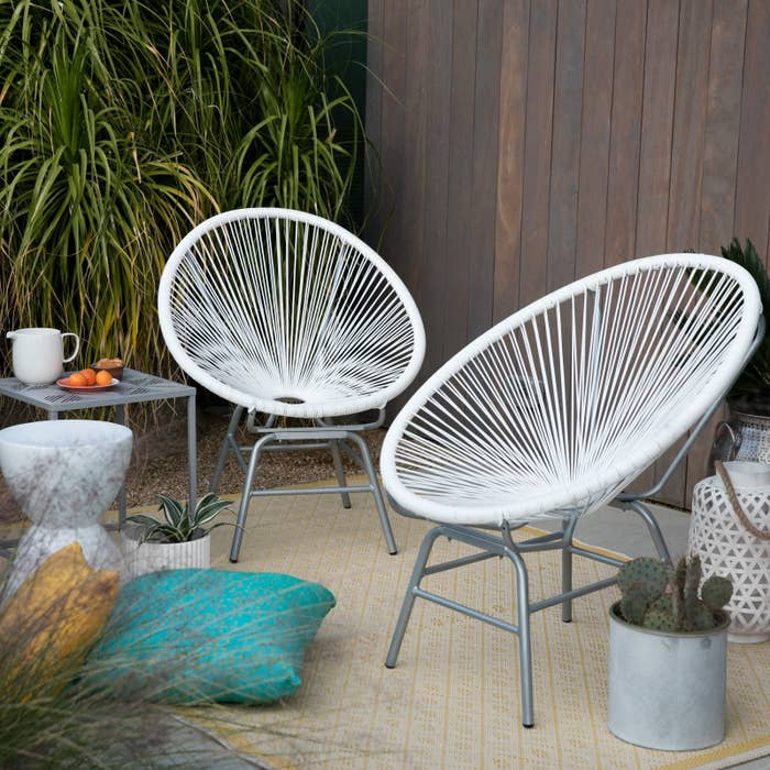Terrific 28 Pieces Of Outdoor Furniture From Walmart That Only Look Home Interior And Landscaping Sapresignezvosmurscom