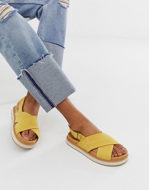 29 Pairs Of Sandals That Won't Fall Off Your Feet
