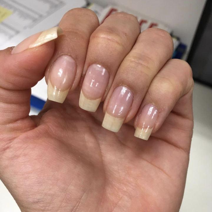 what is the best nail polish for strengthening nails
