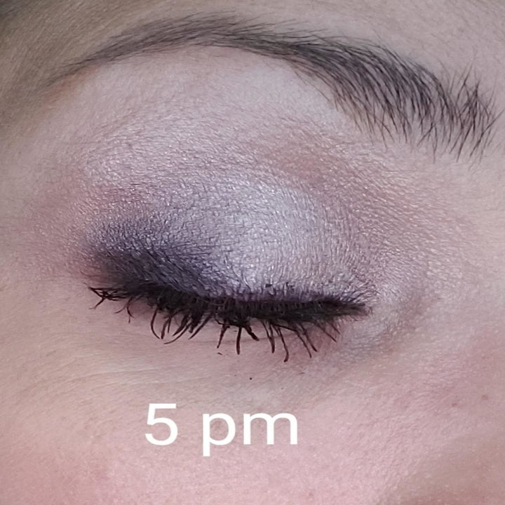 same reviewer showing their eyeshadow is exactly the same at 5pm