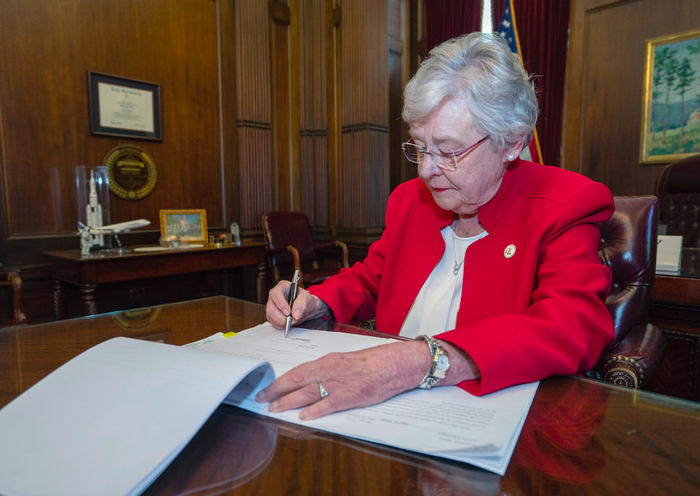 The ACLU And Planned Parenthood Are Suing Alabama Over The State's New Abortion Law