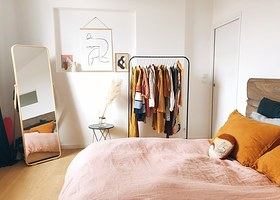 Quiz: Your Dorm Room Decor Tastes Will Determine What YouTube
