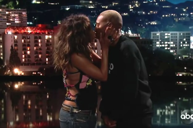 "Halle Berry Gave Lena Waithe An Oscar-Worthy Kiss On ""Jimmy Kimmel Live!"" And People Can't Stop Watching The Video"
