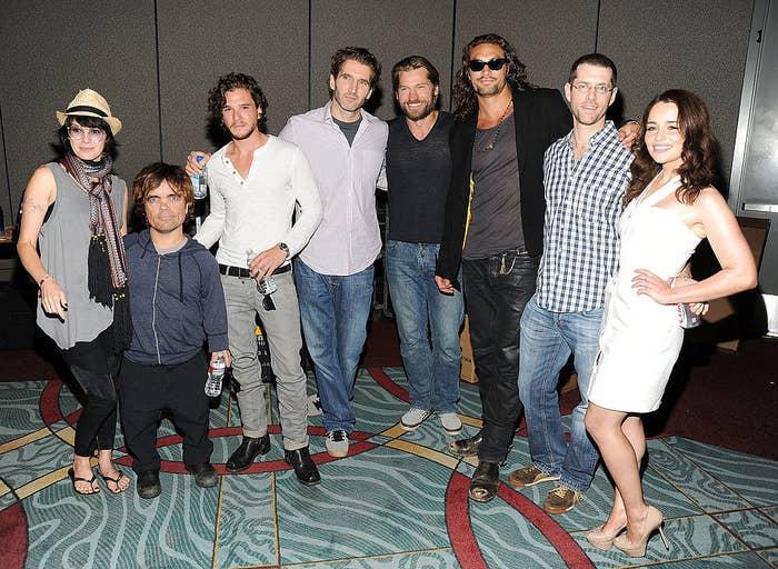 FYI, it's Lena Headey (Cersei), Peter Dinklage (Tyrion), Kit Harington, David Benioff (co-showrunner), Nikolaj Coster-Waldau, (Jaime) Jason Momoa (Khal Drogo), D.B. Weiss (co-showrunner) and Emilia Clarke.