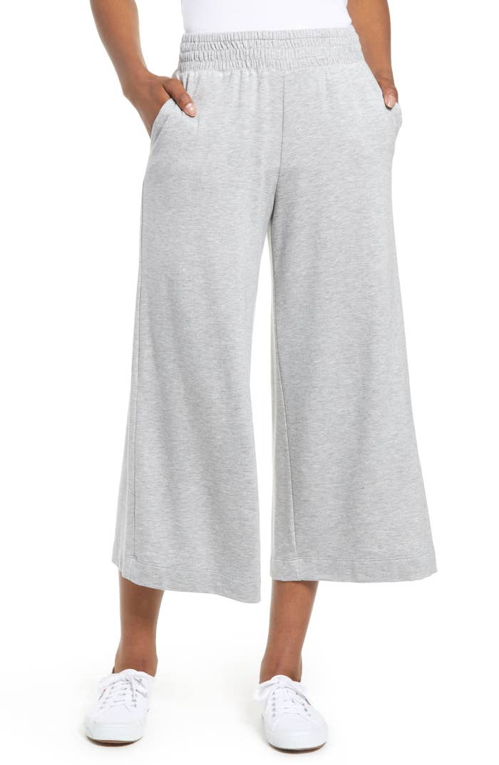 8f497c964bcf Cozy cropped pants that pair well with almost anything and are perfect for  an easy look.