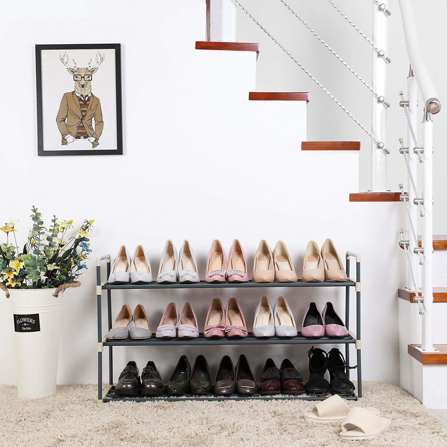 The organizer with 15 pairs of shoes fitting comfortably