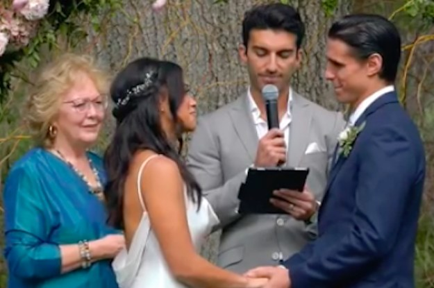 Jane The Virgin Star Gina Rodriguez Just Got Married