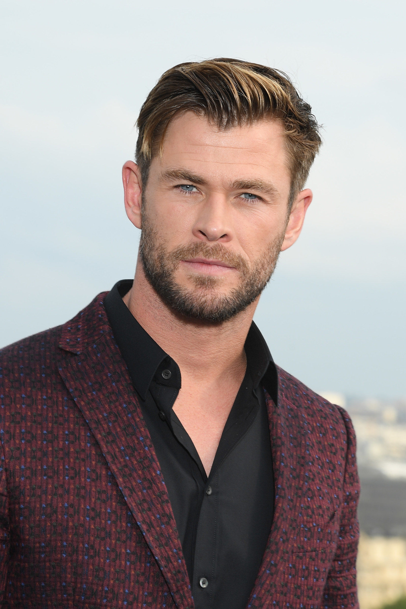 Chris Hemsworth Reveal...