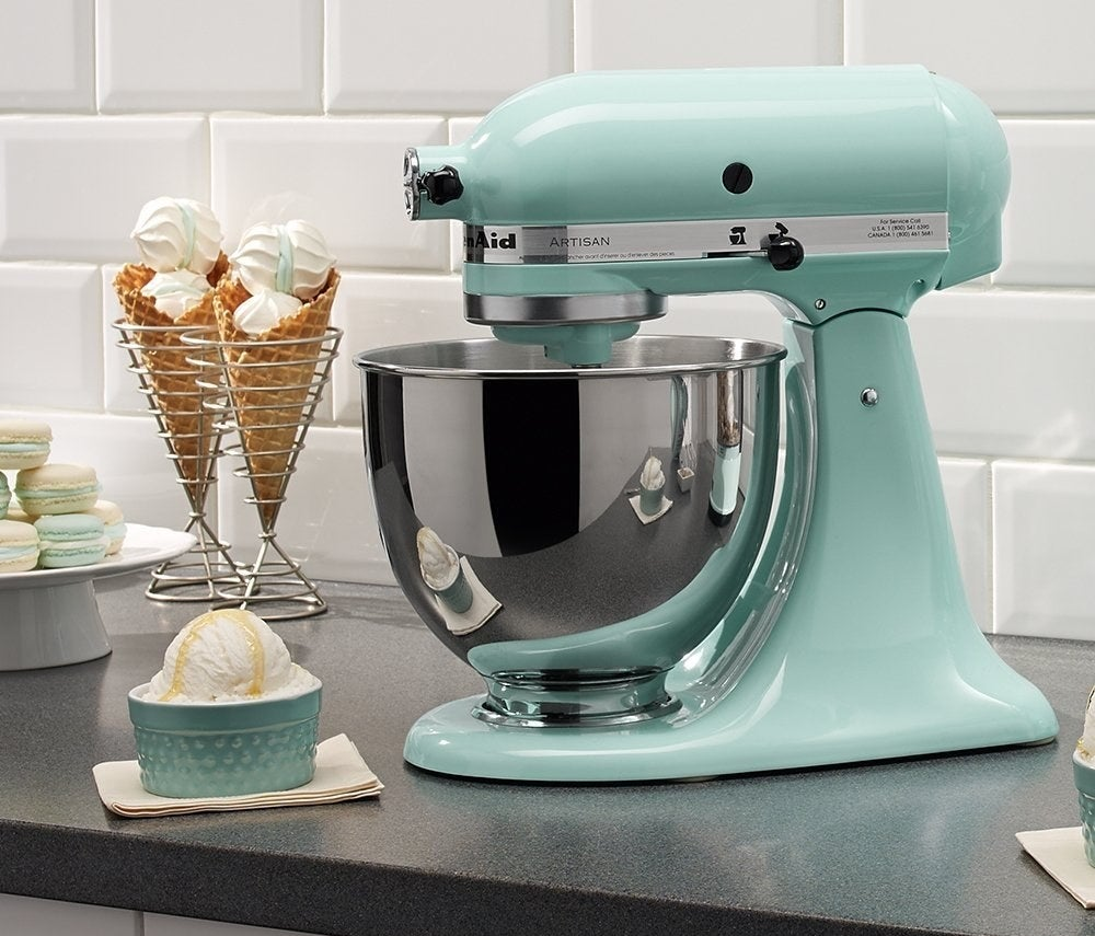The stand mixer in the color Aqua