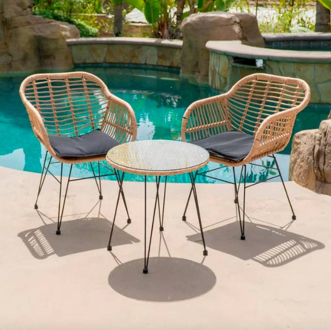 Wondrous 25 Of The Best Places To Buy Outdoor Furniture Beutiful Home Inspiration Truamahrainfo