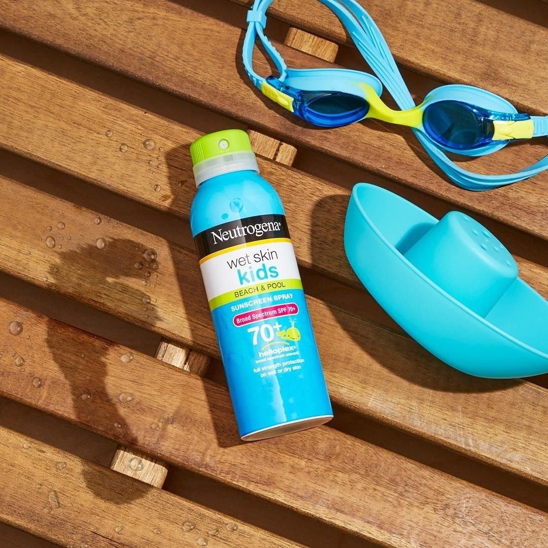 The spray can of Neutrogena Wet Skin Kids Beach & Pool Broad Spectrum SPF 70+