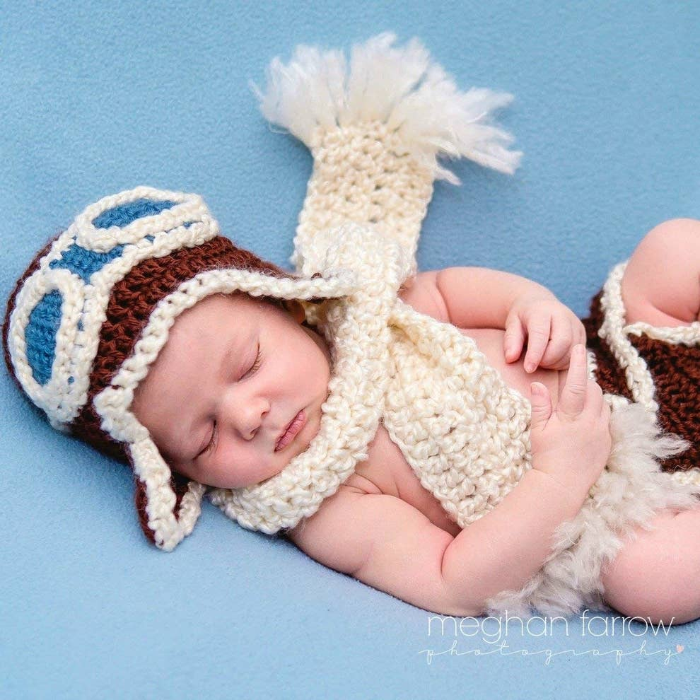 54c3c8b11 35 Outfits To Buy For Your Friend's New Baby