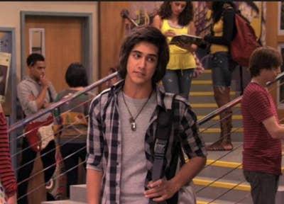 Here's 21 Nickelodeon Stars All Grown Up