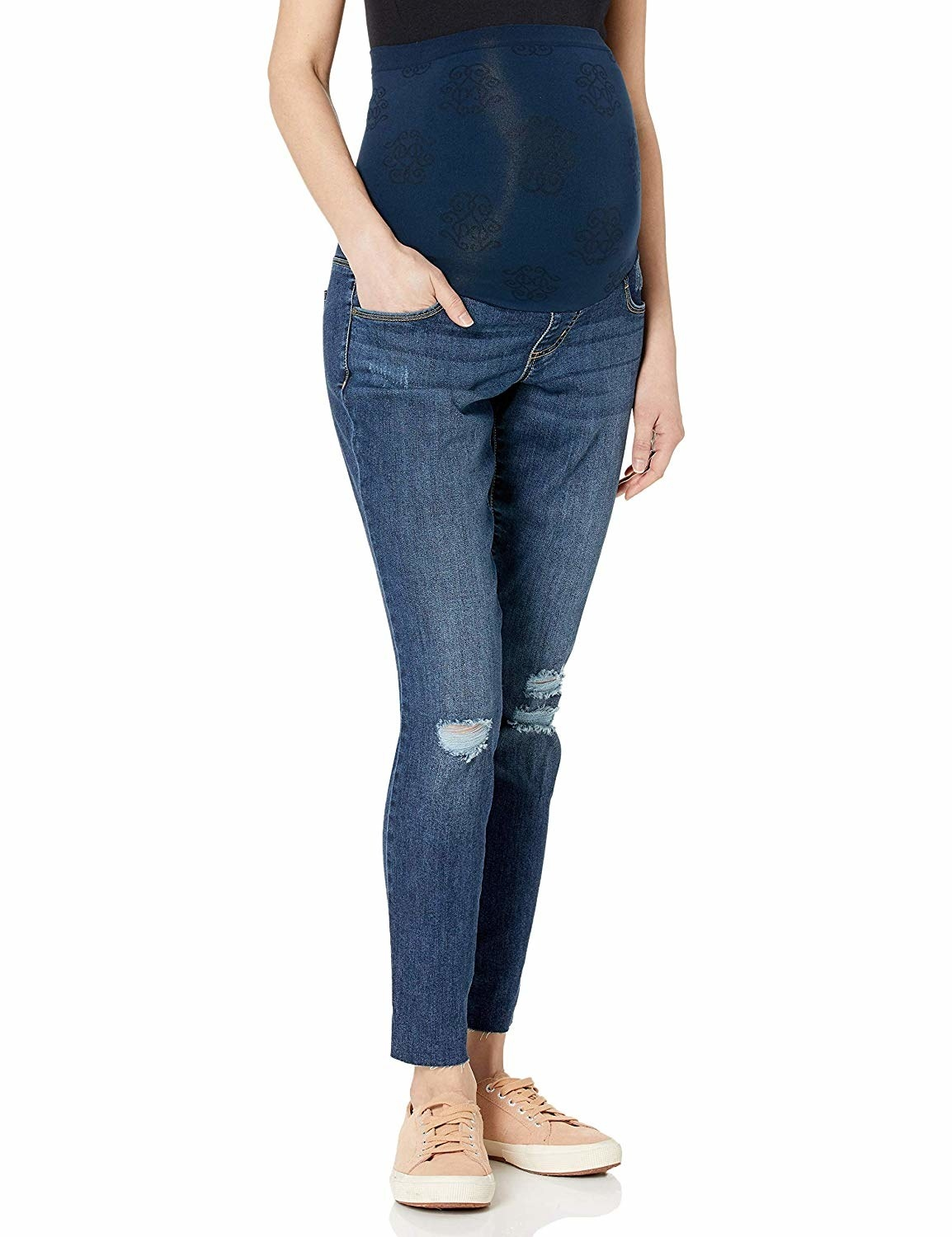 93cabcfc678b0 A few pairs of maternity jeans and shorts perfect for feeling as much like  style-savvy self as possible even months and months into your pregnancy.