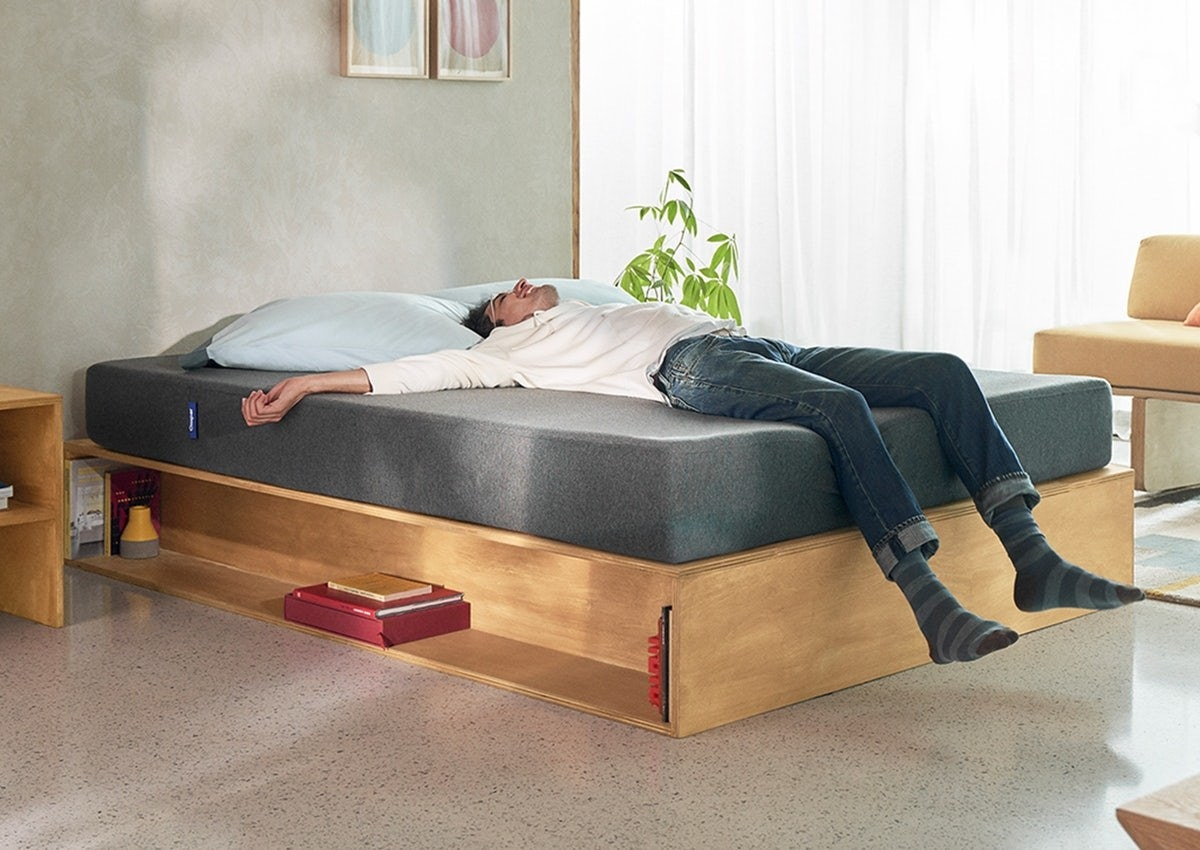 Drag Your Old Mattress To The Curb Because Casper Is Having A Major Sale