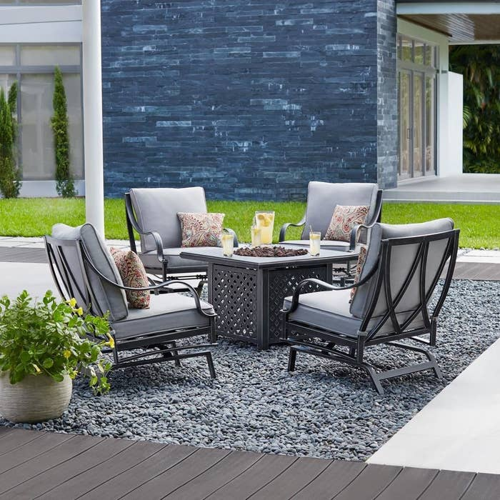 Best Places To Outdoor Furniture, Apartment Size Patio Furniture Canada