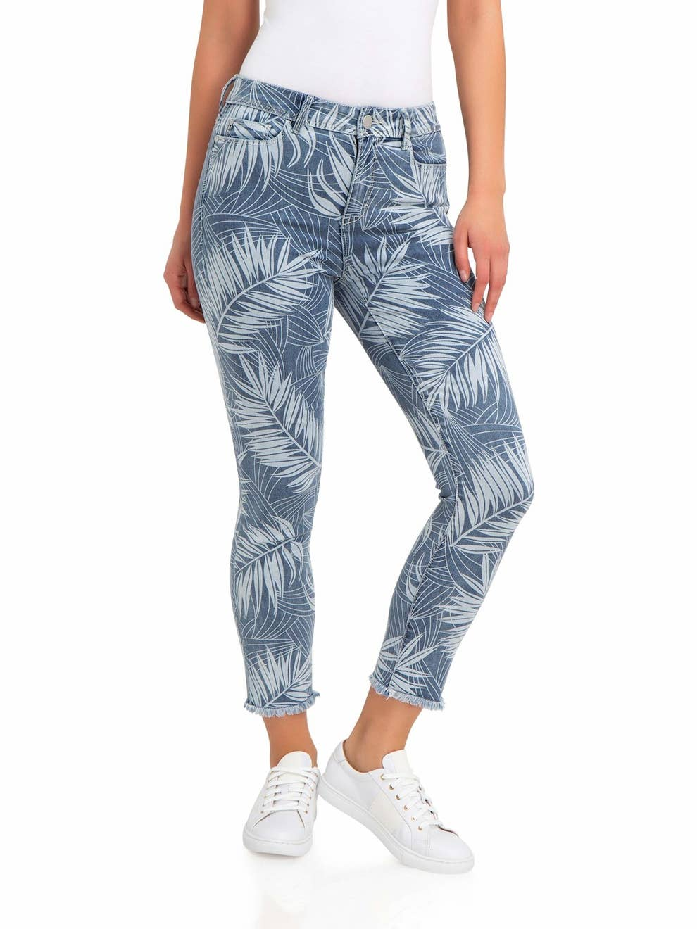 58d02a3a 27 Pieces Of Clothing From Walmart That'll Get You Excited For Summer