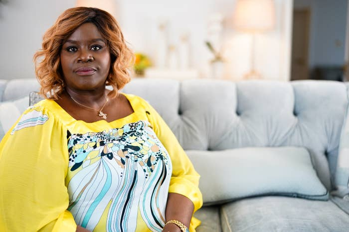 """Retta Is Sick Of Playing """"Sassy"""" Black Women Characters"""