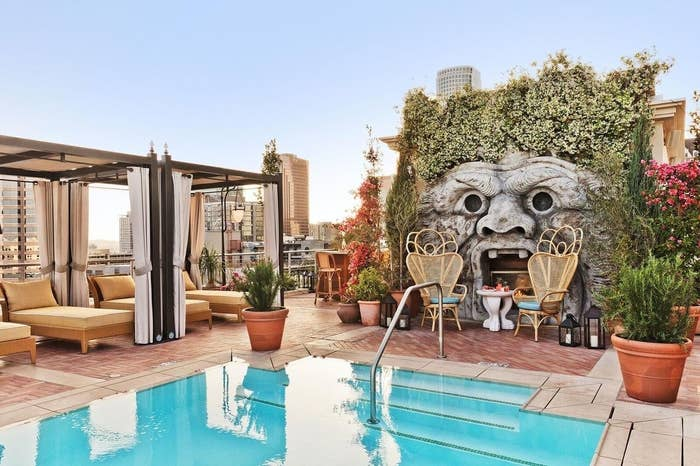 12 US Hotels To Stay In If You Only Care About The Outdoor Pool