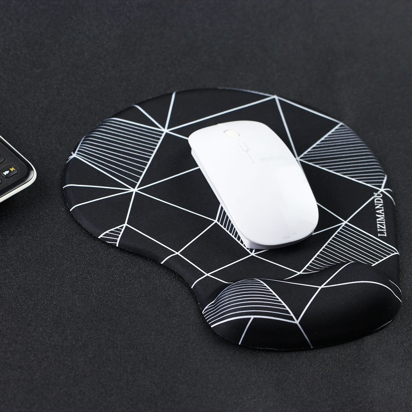Wireless mouse placed on mousepad with gel support