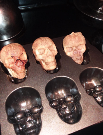 Reviewer photo of cakelet pan with with skull molds