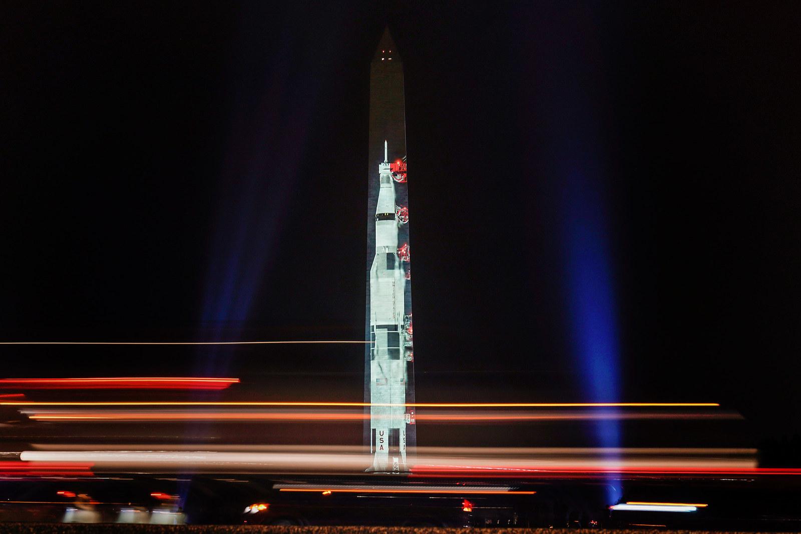 saturn rocket washington monument - HD1600×1067