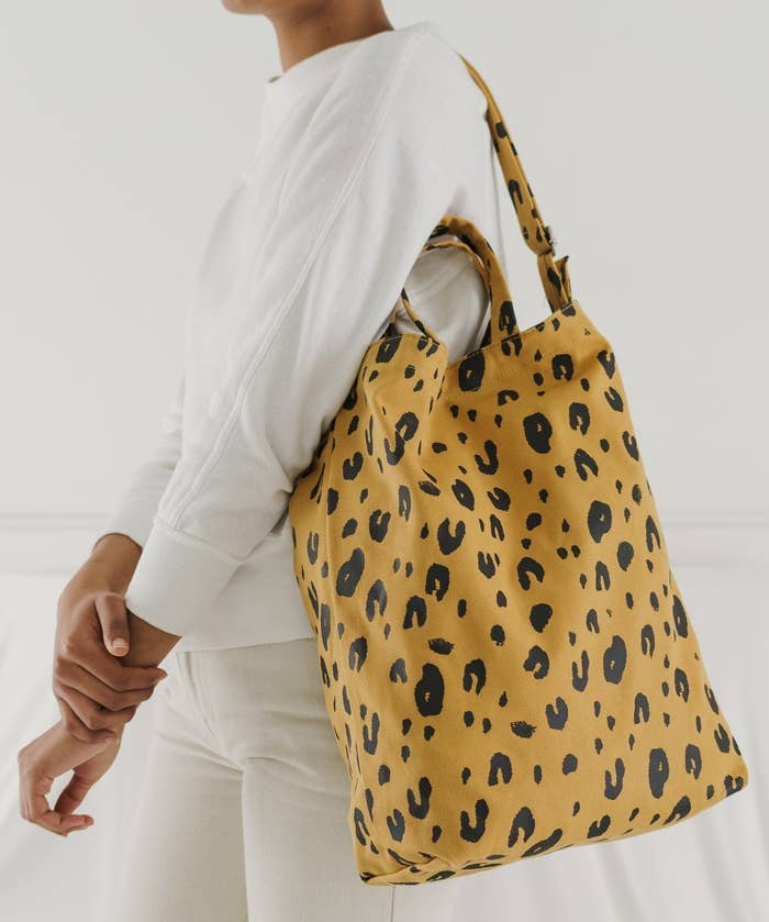 25 School Bags That Aren't Backpacks But Still Have Room For All Your Stuff