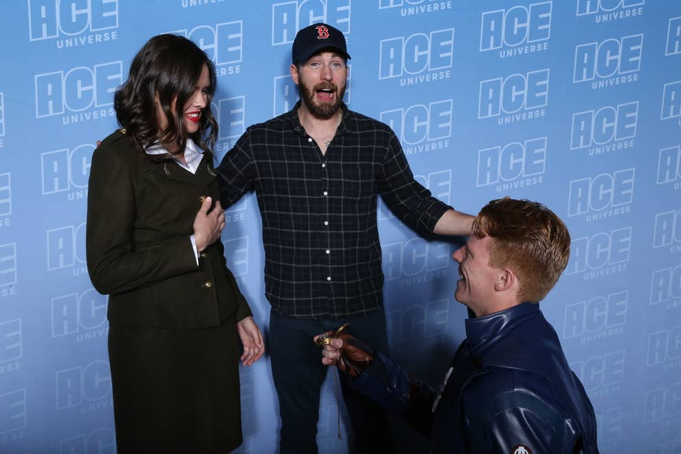 This Captain America Fan Proposed To His Girlfriend In Front Of