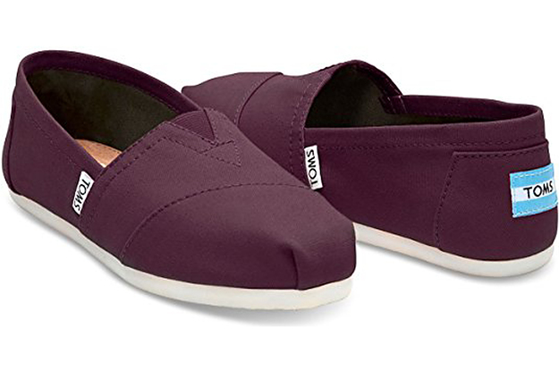 reputable site 34517 077a0 The Best Shoes For Wide Feet That People Actually Swear By