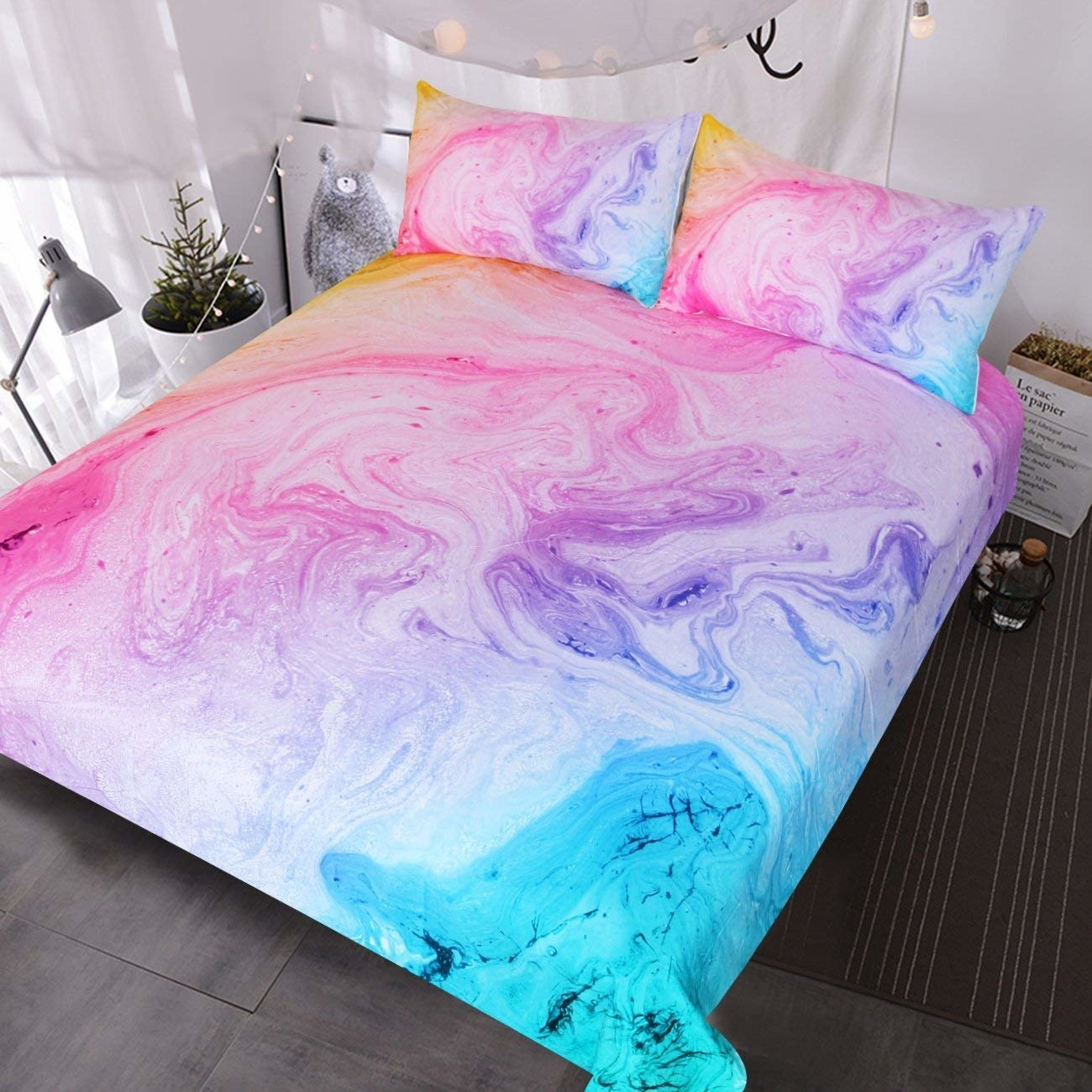 Neon marbled pattern on duvet cover and pillow cases