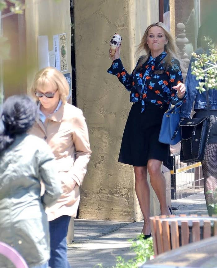 """HBO Cut The Scene In """"Big Little Lies"""" Where Reese Witherspoon Throws A Cone Of Ice Cream At Meryl Streep And Fans Feel Slighted"""