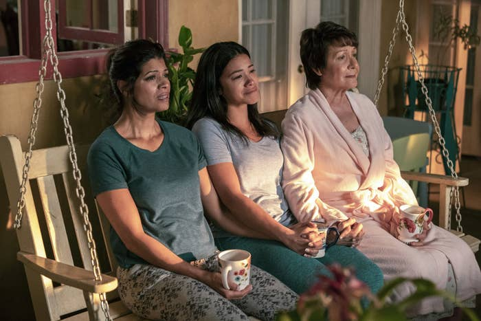 """Jane The Virgin"" FINALLY Revealed The Narrator's Identity And I'm Emotional"