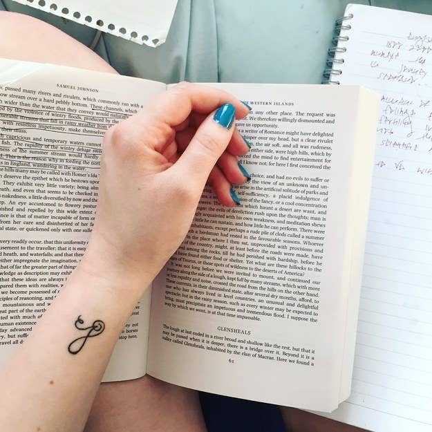 35 Tiny And Tasteful Tattoos You'll Want To Get ASAP