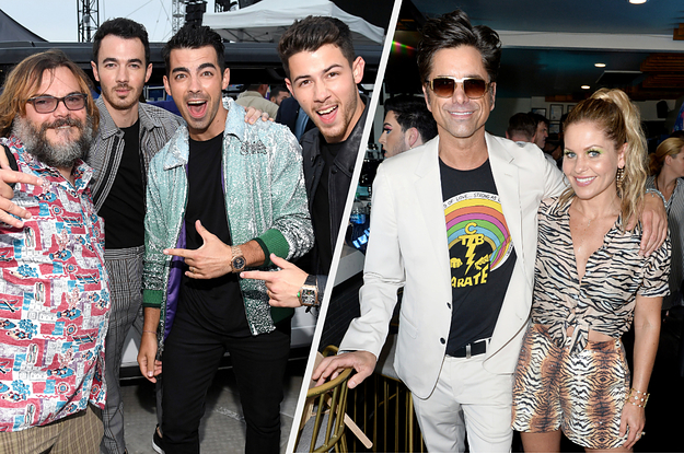 "18 Pics Of Celebs Hanging Out At The 2019 Teen Choice Awards That Made Me Go, ""Aww"""