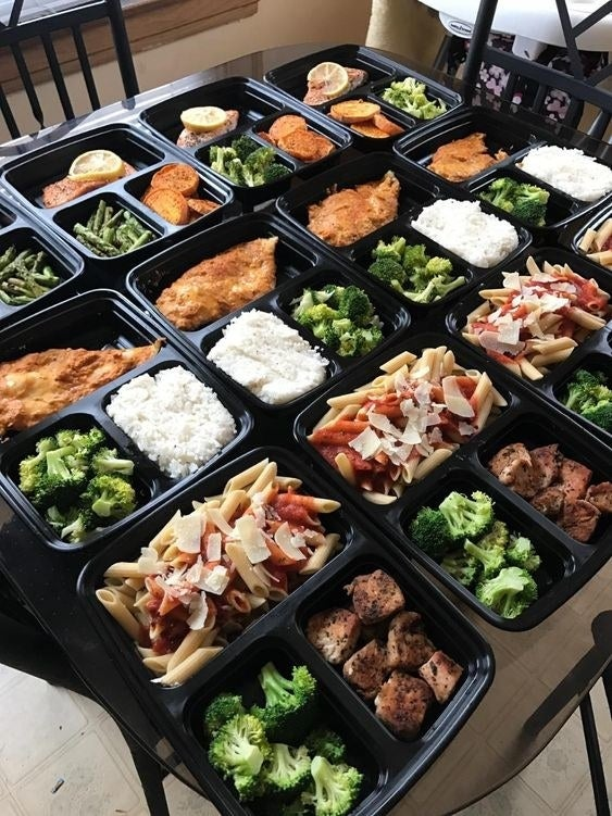 Reviewer photo of 12 containers of full meals