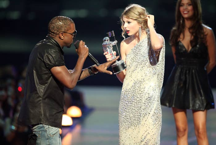 15 Awkward, Bizarre, And Iconic Things That Happened At The 2009 VMAs