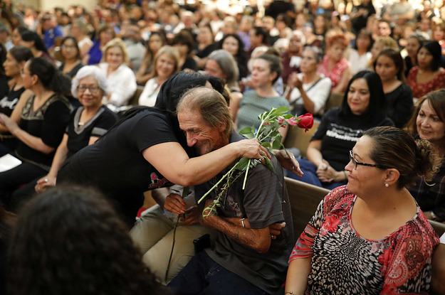 Hundreds Of People Helped A Man With No Family Bury His Wife After She Was Killed In The El Paso Shooting