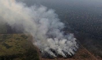 12 fotos (dos últimos dez dias) que explicam o que está acontecendo na Amazônia