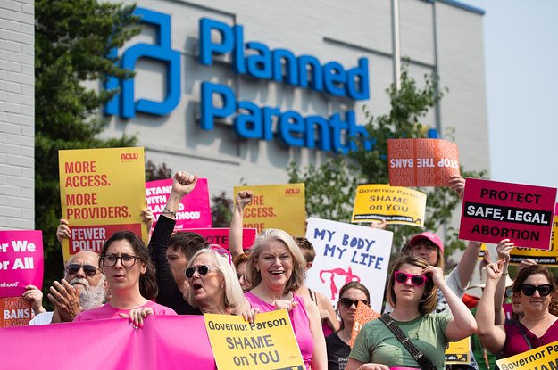 A Judge Blocked Missouri's 8-Week Abortion Ban A Day Before It Was Going To Take Effect