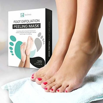 a model's feet next to the box of foot masks